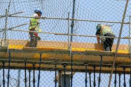 Los trabajadores de Balears están menos días de baja por miedo a perder el empleo