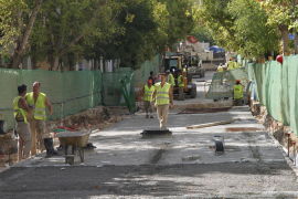 Cort acelera las obras de la calle Fábrica para terminarlas un mes antes