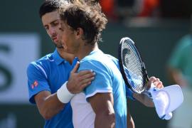 La mejoría de Nadal no basta para ganar a Djokovic