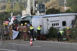 Trece universitarias de Erasmus fallecen en un accidente de autobús en Tarragona