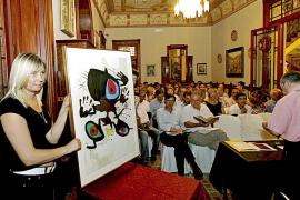 La obra de Miró, en alza, logra excelentes resultados en la puja benéfica en Can Prunera