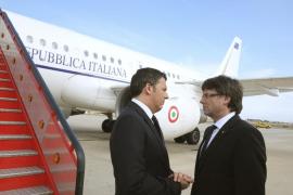 Renzi llega a Reus para consolar a las familias de las víctimas