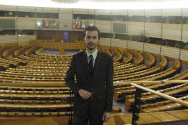 Guillem Martorell, mallorquín en Bruselas: «No podemos salir del Parlamento»