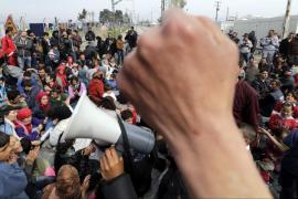 Un refugiado se quema a lo bonzo en Idomeni