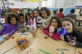 Los alumnos del CEIP Blanca Dona aprenden sobre África