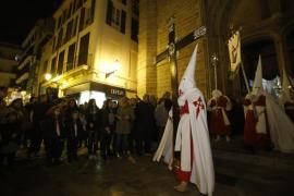 Representantes de todas las cofradías participan en La Dolorosa