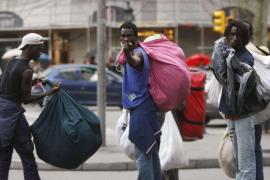 La Policía Local aumentará la vigilancia para disuadir a los vendedores ambulantes ilegales
