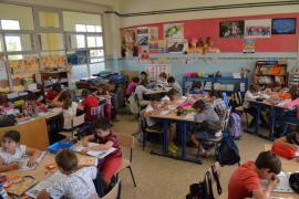 Moll recoge de primera mano las necesidades de colegios y escoletas de Palma