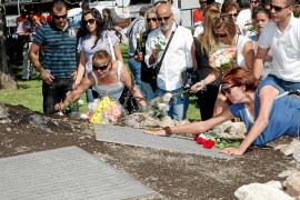 Las víctimas del accidente aéreo de Spanair denuncian su desamparo y critican a la Fiscalía