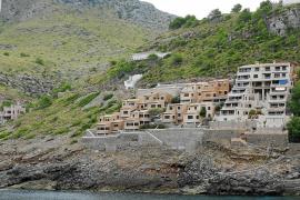 Chalets que rompen la estética en la montaña