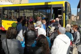 Indignación en Sóller por la falta de plazas en el interurbano