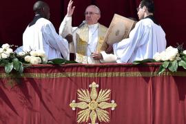 El Papa lamenta el «derramamiento de sangre inocente» durante la bendición 'Urbi et Orbi'