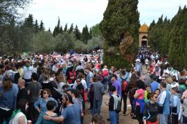 La Part Forana celebra sus tradicionales romerías del Lunes de Pascua