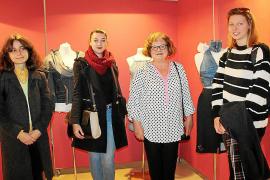 """""""Reciclatge creatiu de roba"""" en la ESD"""