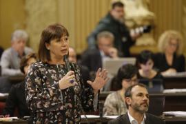 Armengol asegura que el Govern no ha «escondido ninguna cifra»