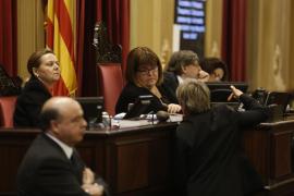 El Parlament recupera el catalán como requisito para la administración pública