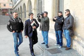 La Audiencia deja libres a otros dos agentes inculpados por 'El Ico'