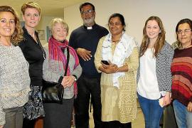 Encuentro solidario con los fundadores del Hogar DARE de India