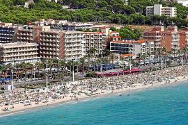 Los hoteleros «lucharán» contra la aplicación del 10 % de IVA de la ecotasa