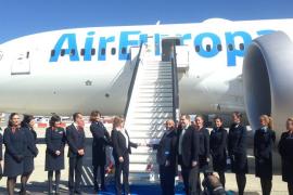 Air Europa presenta en Barajas su nuevo 787 'Dreamliner'