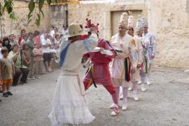 Más partidarios que detractores ante la entrada de mujeres en los Cossiers de Alaró