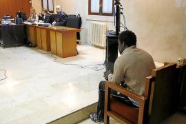 Condenado a seis años y nueve meses de prisión por violar a una mujer en Cala d'Or