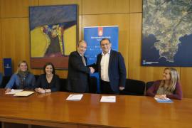 Convenio entre Calvià y Endesa para  garantizar el suministro eléctrico a familias vulnerables