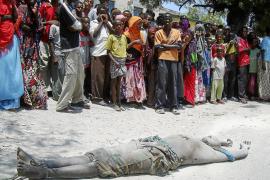 Un grupo de radicales islámicos somalíes mata a seis parlamentarios en un hotel