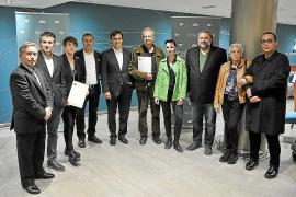 Los escritores en catalán entregan los Cavall Verd en una cena 'literaria'