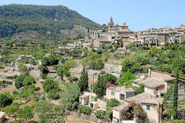 Ajuntament de Valldemossa y grupos excursionistas están de acuerdo en regular el uso de caminos