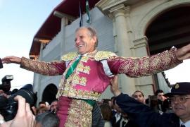 "Manuel Benítez ""El Cordobés"" se separa después de 50 años de matrimonio"