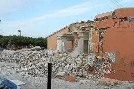 Iniciadas las obras de demolición del colegio Pere Garau de Son Macià