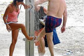 Los turistas consumen de media más del doble de agua que los residentes