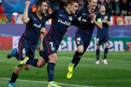 El Atlético marca, resiste y elimina al Barcelona