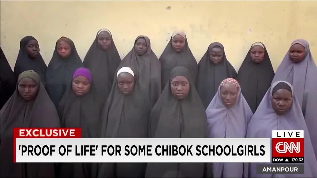 Boko Haram envía un vídeo de las niñas de Chibok dos años después de su secuestro