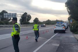 La Guardia Civil investiga si la conductora del coche cometió una imprudencia