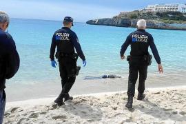 Investigan la muerte de un hombre que apareció flotando en aguas de Calas de Mallorca