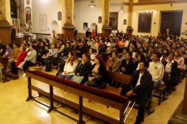 La comunidad ecuatoriana en Palma recuerda a las víctimas