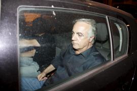 La defensa de Alía presenta documentos para probar que no cobró comisiones