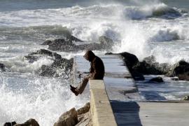 Menorca está en alerta naranja y Mallorca en amarilla por fenómenos costeros