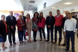 Salut suscribe un convenio con la AECC para la atención psicológica de pacientes de Son Servera y familiares