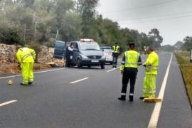 Dos fallecidos y un ciclista muy grave en un accidente en la carretera de Sineu