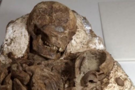 Encuentran en Taiwán una madre de 4.800 años sujetando a un bebé
