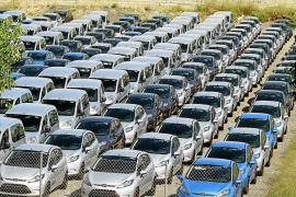 Más de 40.000 coches de alquiler se quedarán fuera del control del Govern