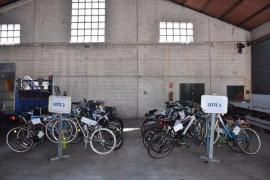 La Policía Local de Palma dona 56 bicicletas a entidades sociales