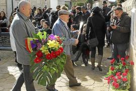 La derecha abandona el pleno de Alaró al votarse la apertura de la fosa común