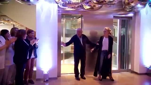 Fiesta sorpresa a Amancio Ortega por sus 80 años