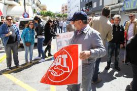 150 personas se manifiestan en Vila el Día del Trabajo