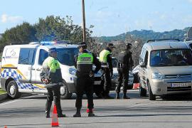 Intensa búsqueda de una banda de ladrones tras embestir a un policía local en Calvià