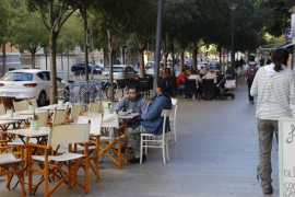 ARCA denuncia el descontrol sobre el diseño estético de las terrazas en Palma